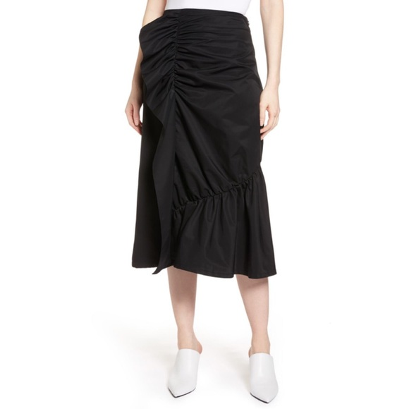 Halogen Dresses & Skirts - NWOT Halogen Ruffle Front Skirt- Size Four